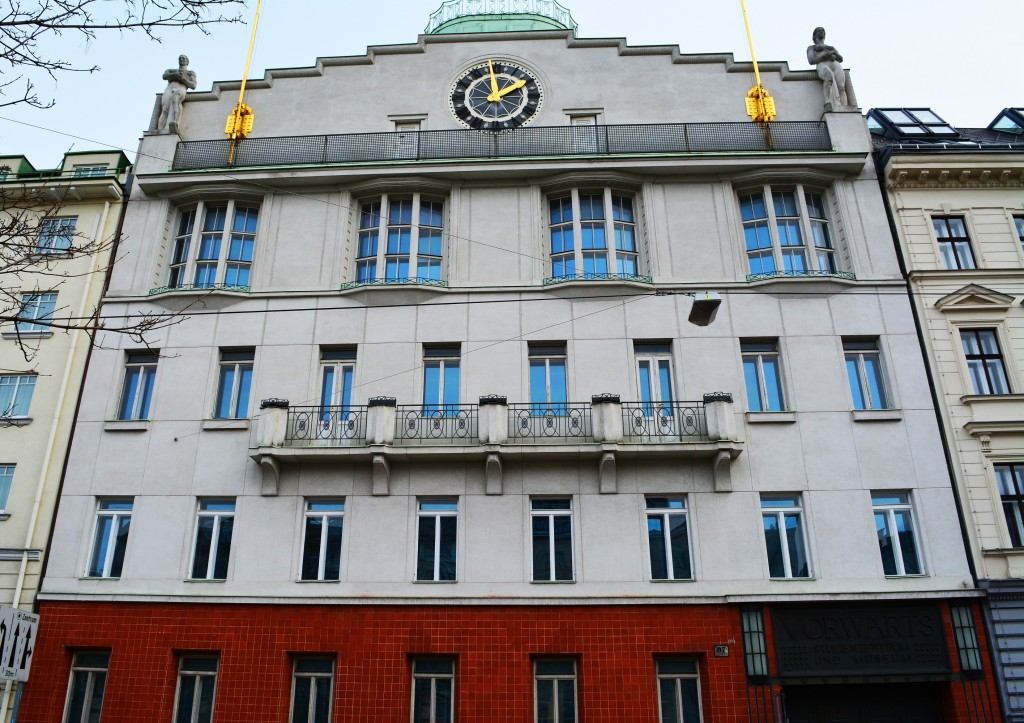 Vorwärts-Haus, Wienzeile
